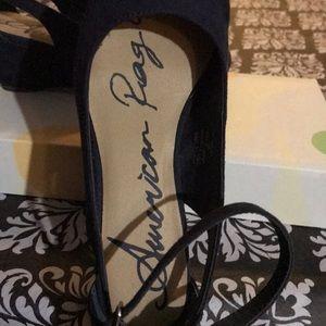 American Rag Shoes - Navy blue American eagle low heels